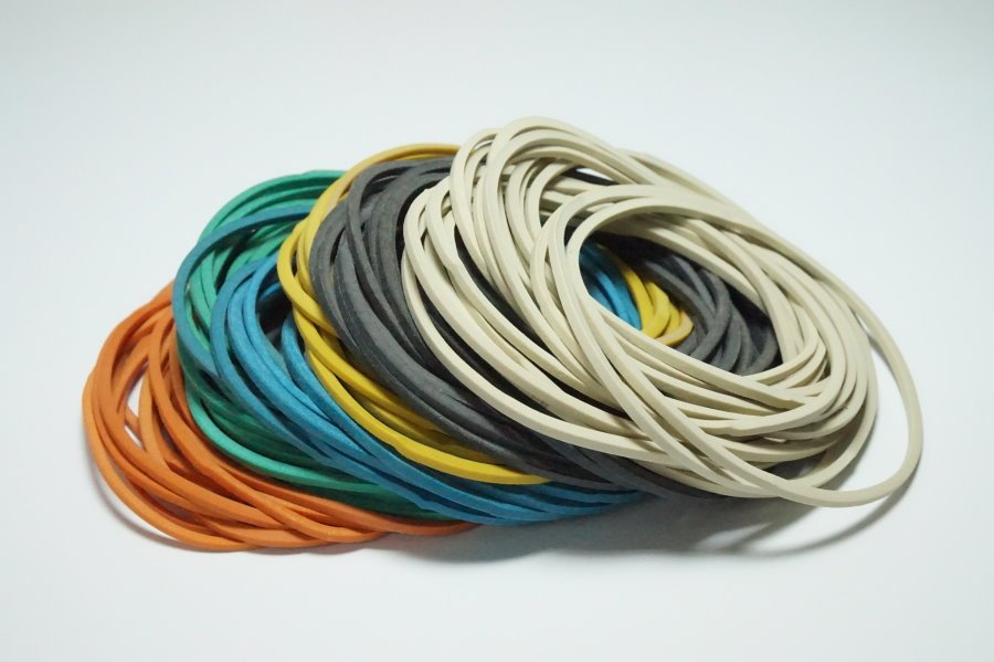 60% Natural Rubber Bands